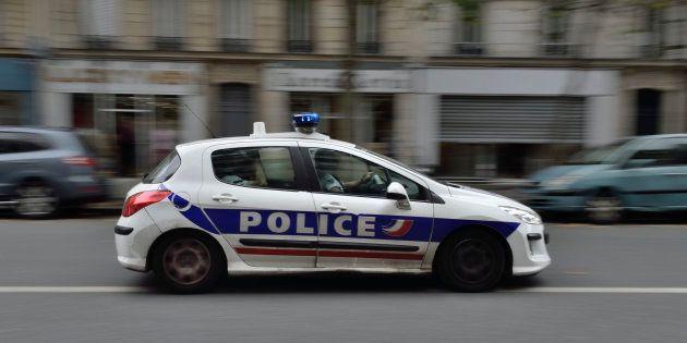 Un couple d'hommes agressé à Paris, un suspect