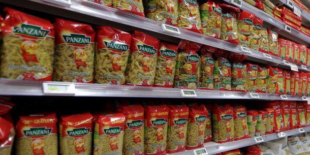 Photo d'illustration. Rayon de supermarché à Nice.
