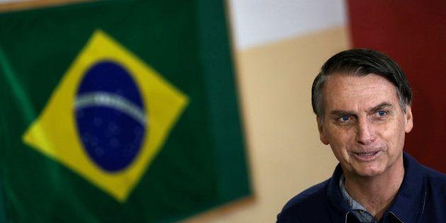 Jair Bolsonaro largement en tête du premier tour de la présidentielle au
