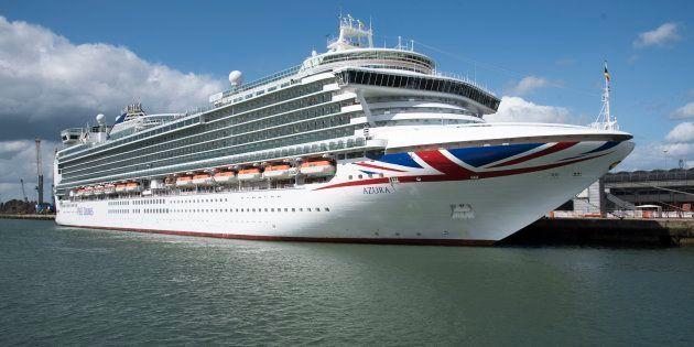L'Azura, au port de Southampton au