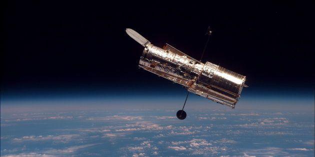 Le télescope spatial Hubble est en