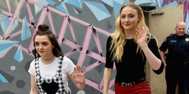 Games of Thrones: les sœurs Stark racontent comment elles se détendent après une journée de