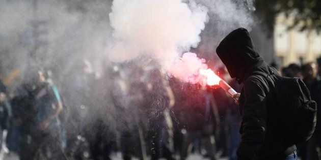 Des manifestants à Paris le 9 octobre