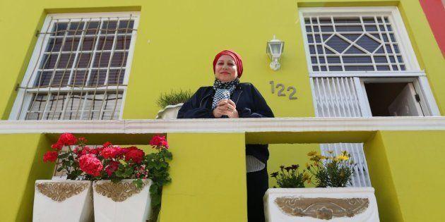 Faldela Tolker sur sa terrasse