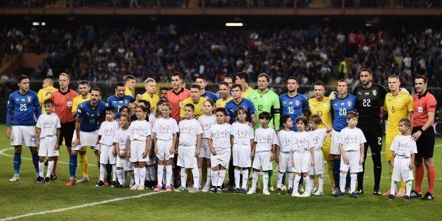 Les images de l'hommage de l'équipe d'Italie aux victimes de la catastrophe de