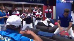 L'étonnante célébration des Bleus dans les vestiaires après leur