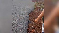 Après les cendres, la boue volcanique du Mont Agung menace