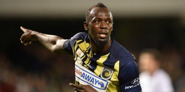L'ancien sprinteur jamaïcain Usain Bolt a inscrit les premiers buts de sa nouvelle carrière de