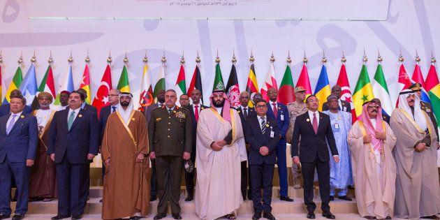 Les enjeux de la task force lancée par le prince d'Arabie saoudite contre le terrorisme (Riyad, le 26...