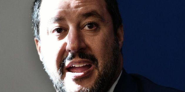 Matteo Salvini en conférence de presse en compagnie de Marine Le Pen le 8