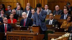 En larmes, Trudeau s'excuse auprès des homosexuels victimes de