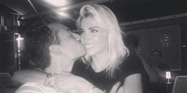 Hugo Clément et Alexandra Rosenfeld plus que proches sur une photo Instagram de l'ancienne Miss