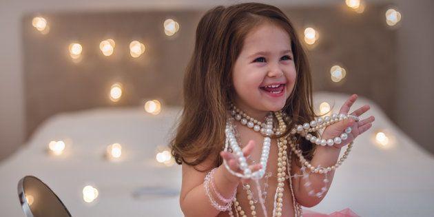 Je ne supporte plus de voir des petites filles maquillées et habillées comme des femmes.