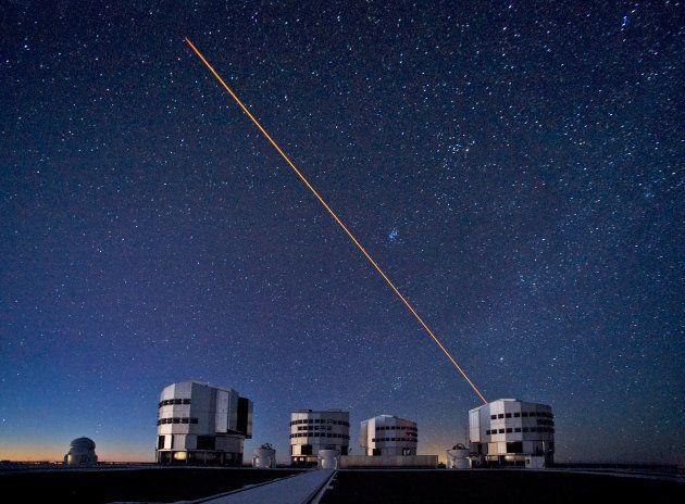 Les télescopes VLT de l'ESO, qui ont permis de découvrir le superamas