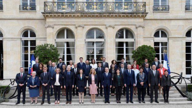 La photo de famille du gouvernement d'Edouard Philippe, après le remaniement du 16 octobre