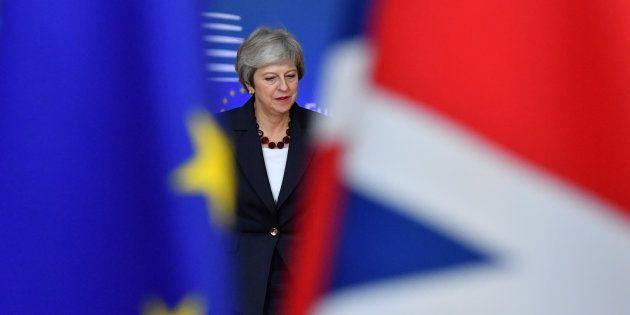 Theresa May arrivant au Conseil européen à Bruxelles ce mercredi 17