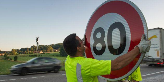 Limitation de vitesse à 80 km/h: près de 400.00 kilomètres seraient concernés, plusieurs pétitions en