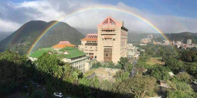 Cet arc-en-ciel à Taipei pourrait être le plus long jamais