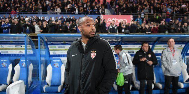 Thierry Henry avant le coup d'envoi de Strasbourg-Monaco le 20 octobre