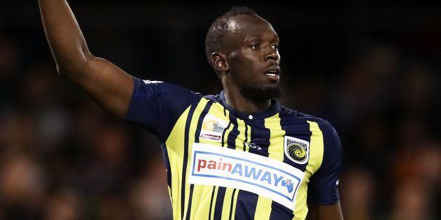 Usain Bolt aurait reçu une offre de contrat de footballeur professionnel, et cela surprend même son