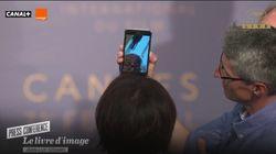 À Cannes, Godard a donné une conférence de presse surréaliste en