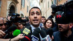 En Italie, les partis antisystème s'accordent sur un premier ministre et un