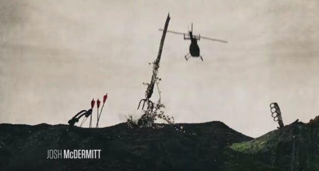 L'hélicoptère approche, lames fendant