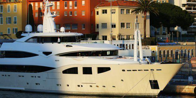 La France compte désormais plus de 2 millions de millionnaires en dollars, selon Crédit suisse (Image...