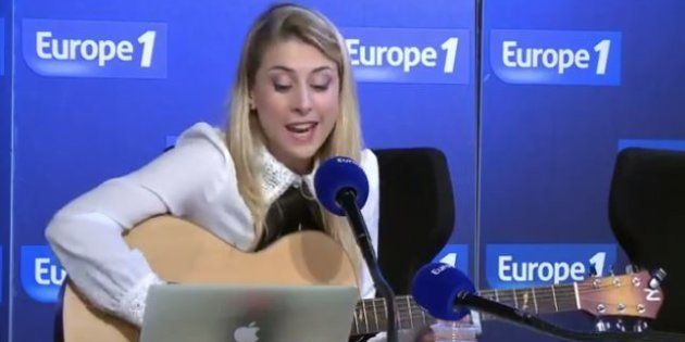 Europe 1 en a pris pour son grade dans cette chanson écrite par Laura