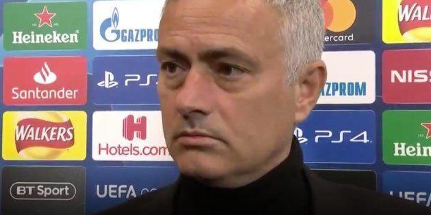 Manchester United-Juventus: Le bus de son équipe retardé, José Mourinho est allé à Old Trafford à
