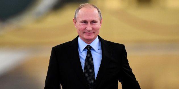 Vladimir Poutine candidat à sa réélection en