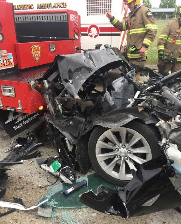 Musk vante la résistance de ses Tesla après un nouvel accident lié à