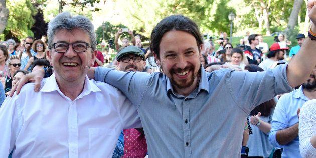 Jean-Luc Mélenchon et Pablo Iglesias lors d'un meeting politique à Madrid, le 2 juillet