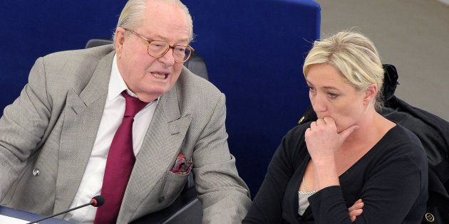 Jean-Marie Le Pen, ici au Parlement européen avec sa fille Marine, ne sera pas sur la liste RN aux