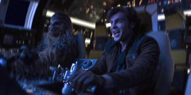 """Joonas Suotamo et Alden Ehrenreich dans """"Solo: A Star Wars"""