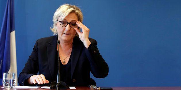 Marine Le Pen en conférence de presse le 22 novembre au siège du Front