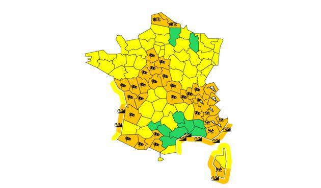Prévisions Météo France: neige, verglas, avalanches et vents violents dans 36 départements placés en...