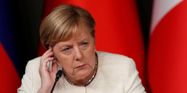 Nouveau revers pour Merkel lors d'élections régionales, l'AfD triple son