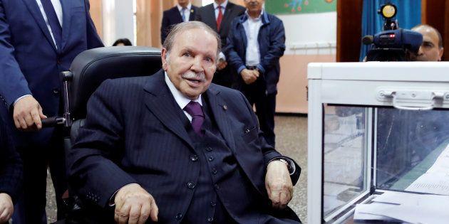 AbdelazizBouteflika vote pour les élections parlementaires en
