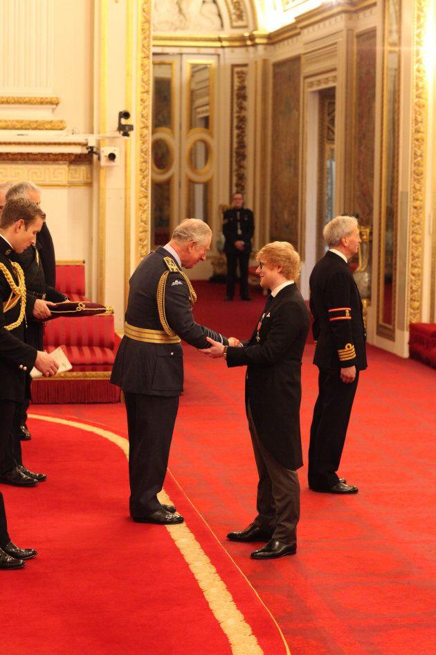 La boulette de protocole d'Ed Sheeran face à au prince