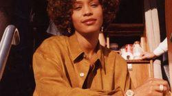 Whitney Houston aurait été agressée sexuellement par sa cousine selon un documentaire dévoilé à