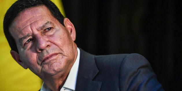 Même Jair Bolsonaro espérait avoir un colistier moins controversé et prompt aux dérapages qu'Hamilton