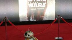BB-8, star du tapis rouge lors de la Première mondiale de