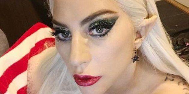 Lady Gaga en elfe coquin du père noël sur son compte