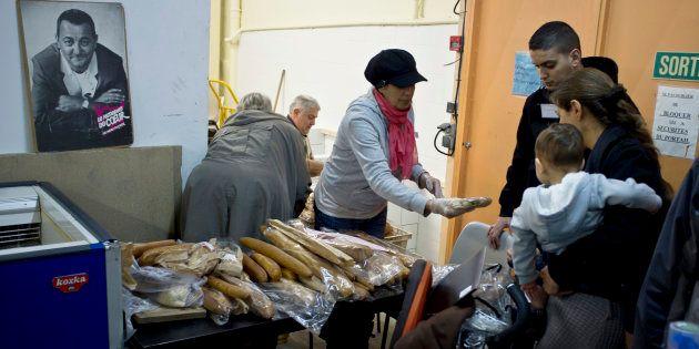 Distribution de nourriture dans l'un