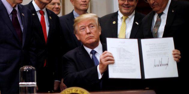 Trump promet de renvoyer des hommes sur la Lune et