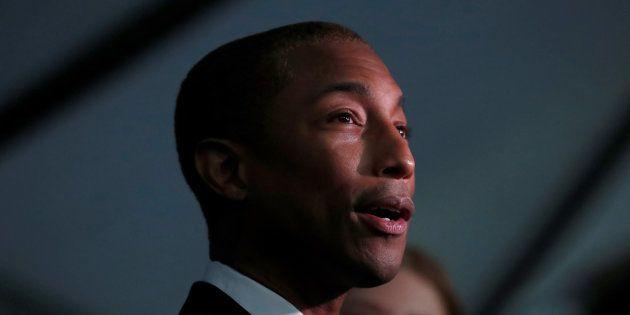 Pharrell Williams à l'occasion d'un gala à Santa-Monica, en Californie, le 11