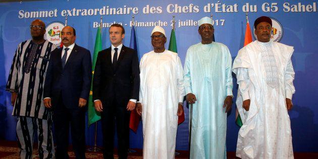 Emmanuel Macron aux côtés de ses homologues africains du Sahel lors du sommet
