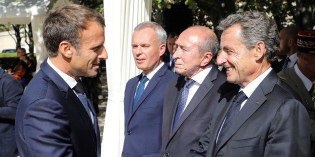 Nicolas Sarkozy et Emmanuel Macron lors de la cérémonie en hommage aux victimes du terrorisme à Paris...