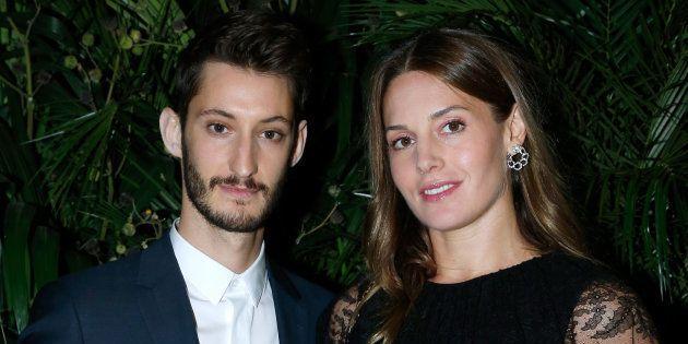 Pierre Niney et sa compagne Natasha Andrews sont devenus parents ce 11